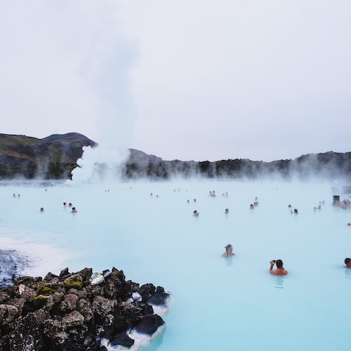 Baño en la Laguna Azul Islandia
