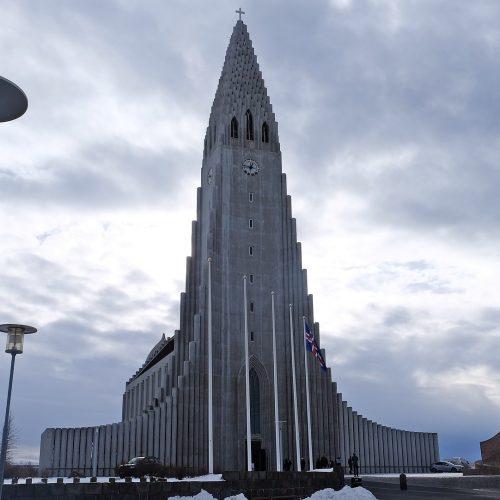 """Hallgrímskirkja, la """"catedral"""" de Reikiavik"""
