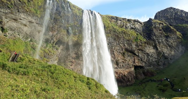 Maravillas de Islandia - Cascada Seljalandsfoss