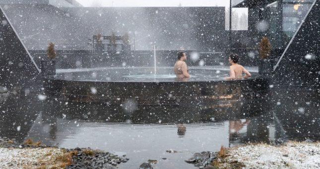 Balneario Krauma Spa en Islandia