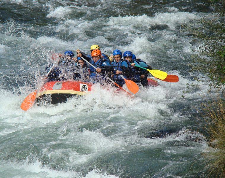Rafting en el río Porma