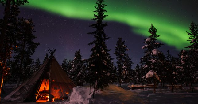 lola_akinmade_åkerström-northern_lights-2602_firma