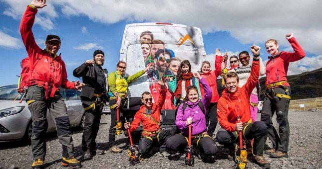 Paseo en el glaciar en Sólheimajökull - Islandia
