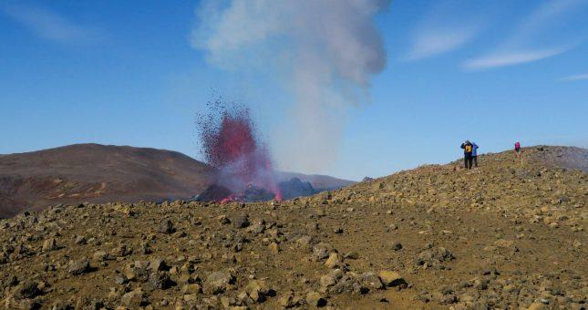 Trekking al volcán en Fagradalsfjall desde Reykjavík - Islandia